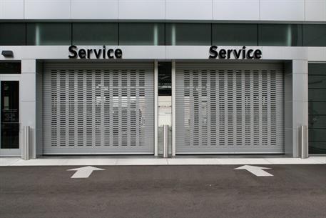 1024-door-with-vision-windows_car-dealership